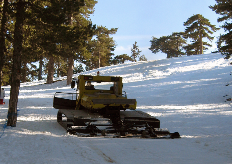 Жизнь на Кипре. Олимпус. Снег