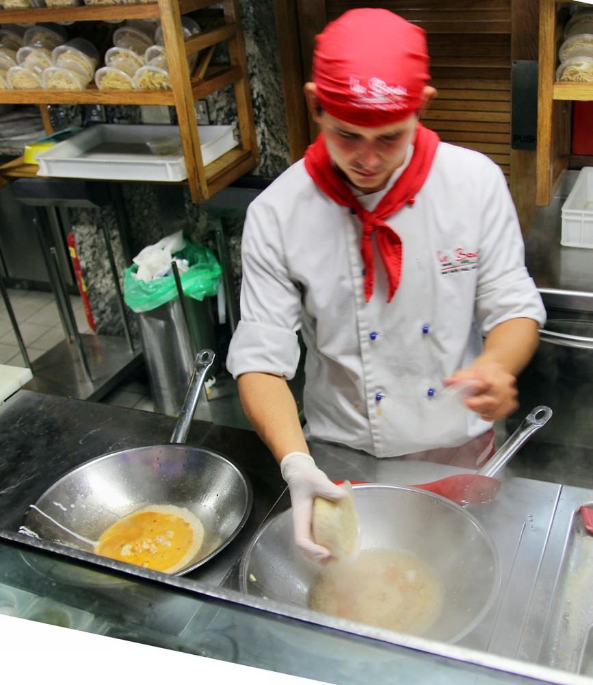 LB_Pasta_cooking