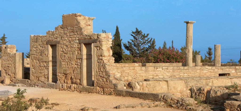 Древний город Куриум
