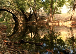Кипр в ноябре. Венецианский мостик в Тродосе