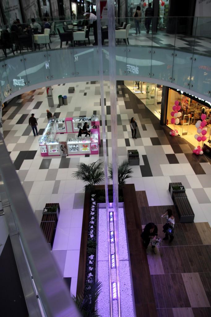 Kings Avenue Mall Интерьер