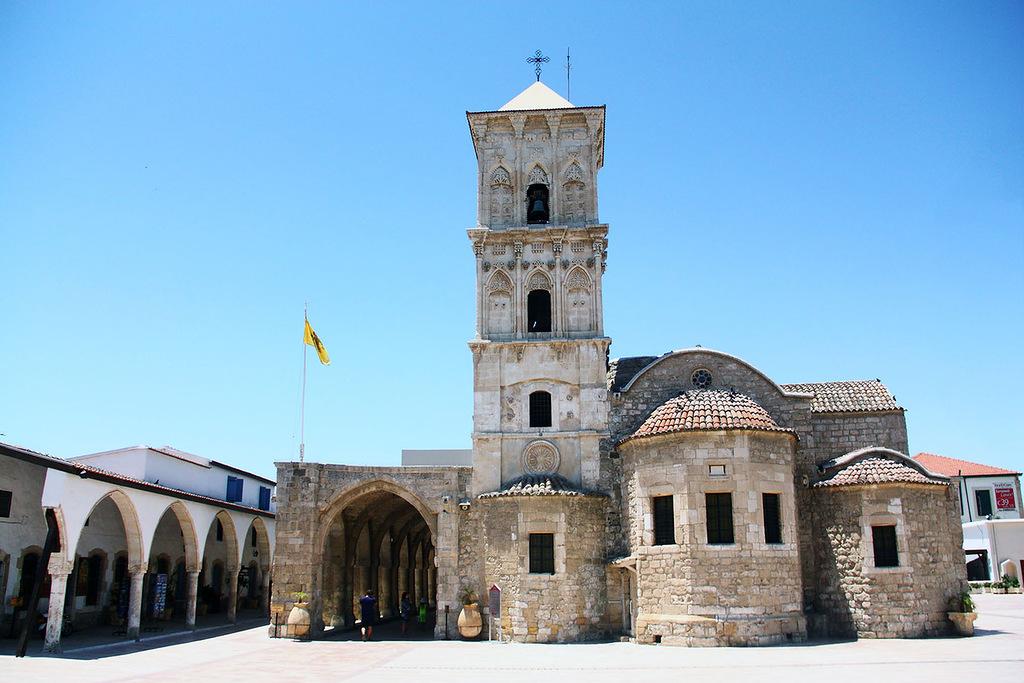 Святой Лазарь церковь
