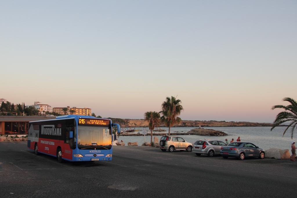 Автобус на Кипре