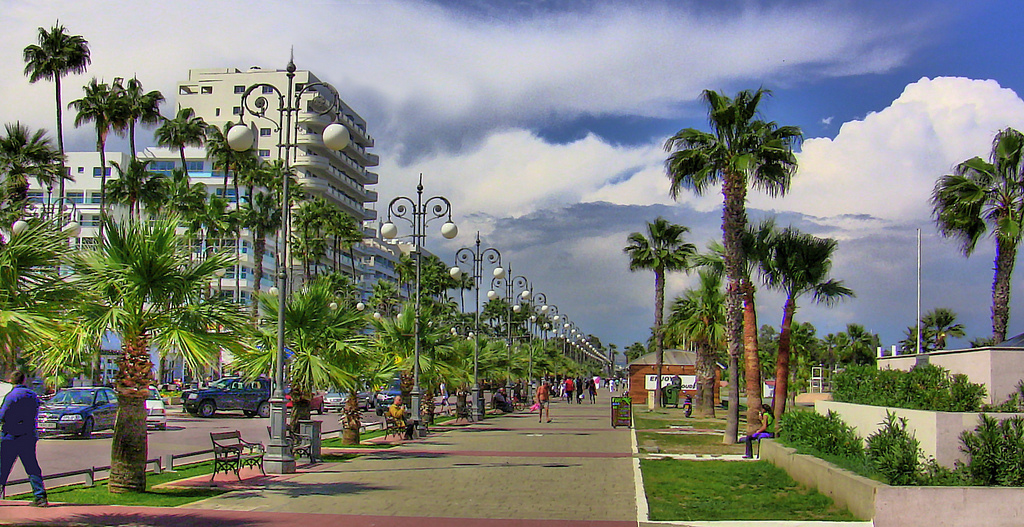 The palm embankment of Finikoudes