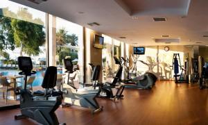 Фитнес центр в отеле Amathus