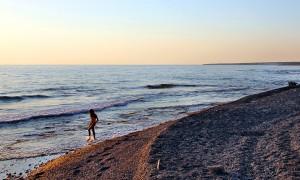 Дикий пляж в Акамас