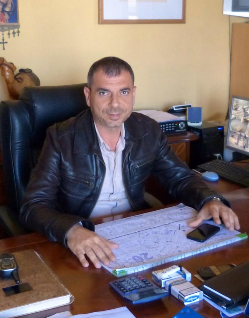 Директор парка господин Ксенакис