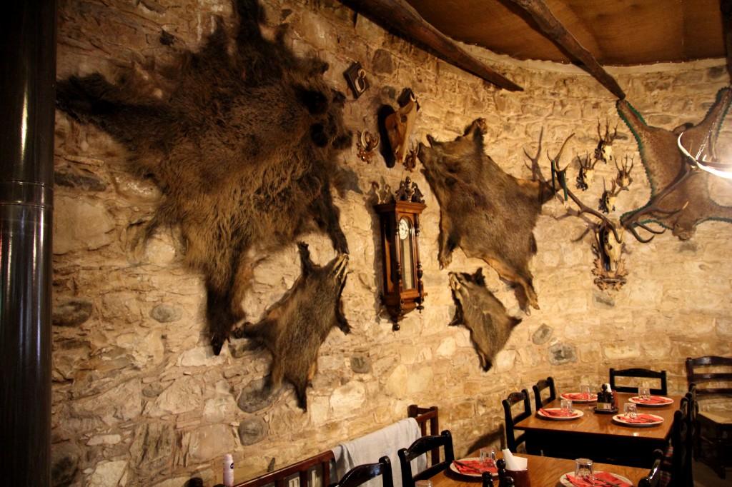 Интерьер ресторана Neromilos