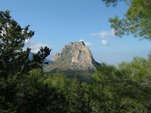 Гора Пентадактилос