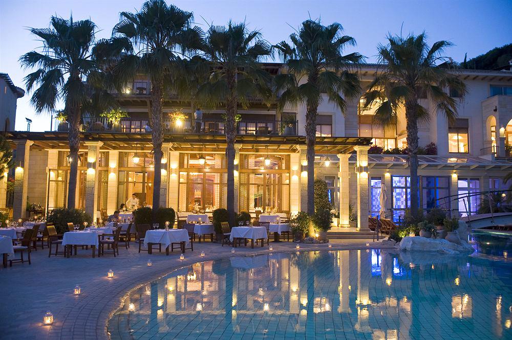 Отель Columbia Beach Resort 5*