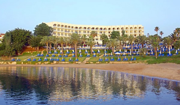 Отели Протараса: Golden Coast Beach Hotel 4*