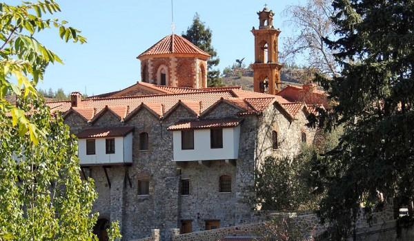 Монастырь Махерас, деревня Фикарду и церковь в «золотой» пещере