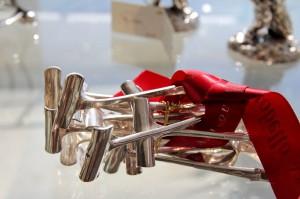 Щипчики для спаржи в антикварном магазине Portobello