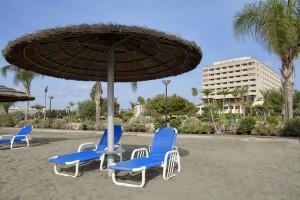 Пляж отеля St. Raphael