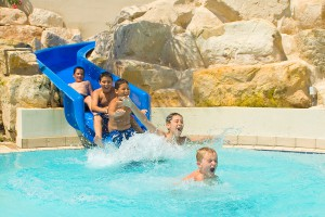 Водные горки для детей в отеле St. Raphael