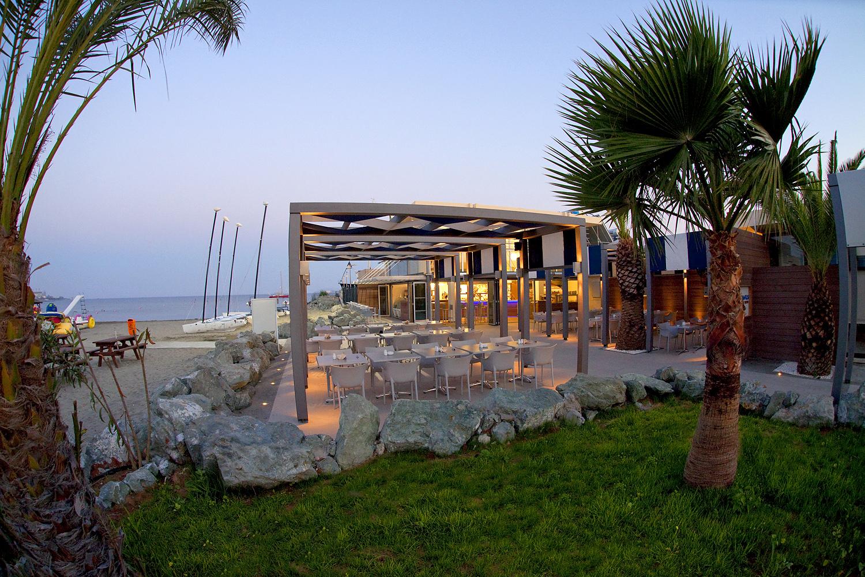 Seashells Beach Tavern в отеле St. Raphael