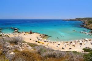 Пляж Konnos beach