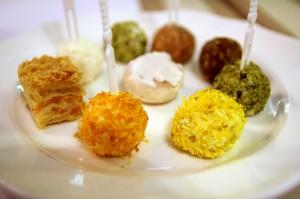 Сырные шарики в кафе My Miniatures
