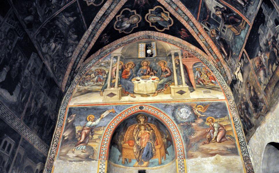 Фрески в монастыре Святого Иоанна Лампадиста