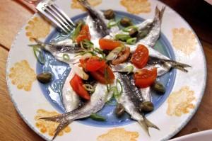 Маринованные сардинки в ресторане Limanaki