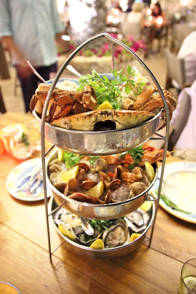 Башня «Даров Моря» в ресторане Limanaki