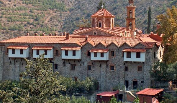 От древнего королевства Тамасс до монастыря Махерас