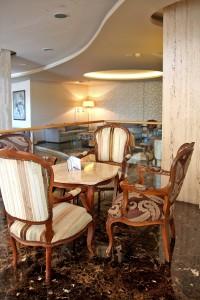 Лобби отеля Poseidonia