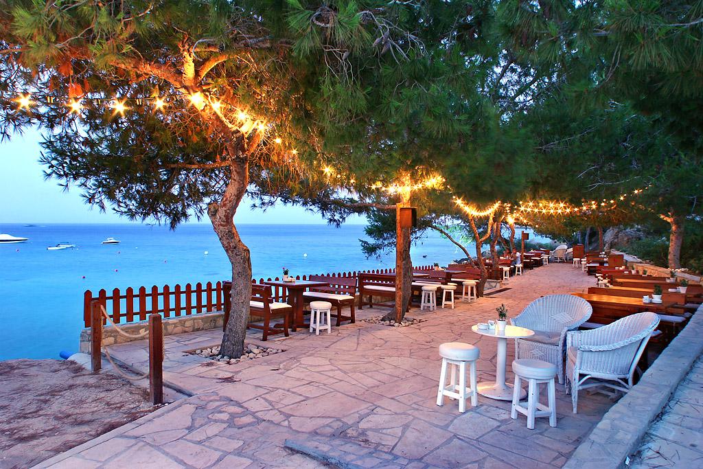 Пляжный бар отеля Grecian Park