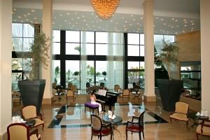 Лобби отеля Grecian Park