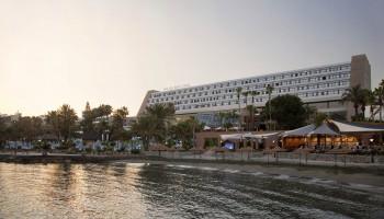 Отель Amathus