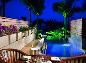 Номер с бассейном Junior Suite Sea View отеля Amathus