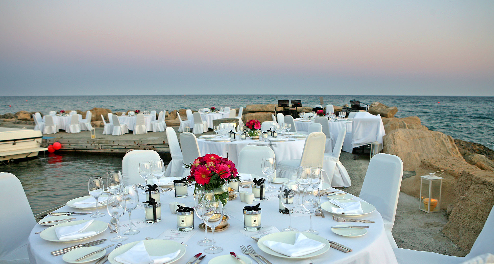 Праздничный ужин в отеле Amathus