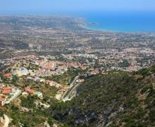 Вид на Пафос