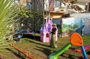 Детская площадка в кафе домашней грузинской кухни Julietta Sweets