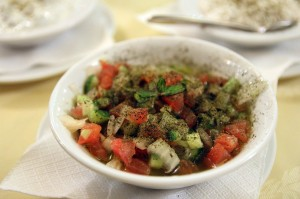 Салат в персидском в ресторане Ilia