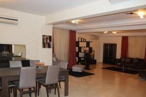 4-спальная вилла в центре туристической зоны Лимассола - гостиная