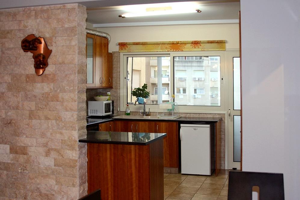 3-спальная квартира с ремонтом в центре Лимассола рядом с супермаркетом «Альфа-мега»