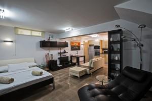 4-спальная вилла с джакузи в центре Протараса