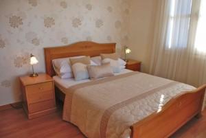 Джуниор-вилла с 3 спальнями в центре курорта «Афродайт хиллс»