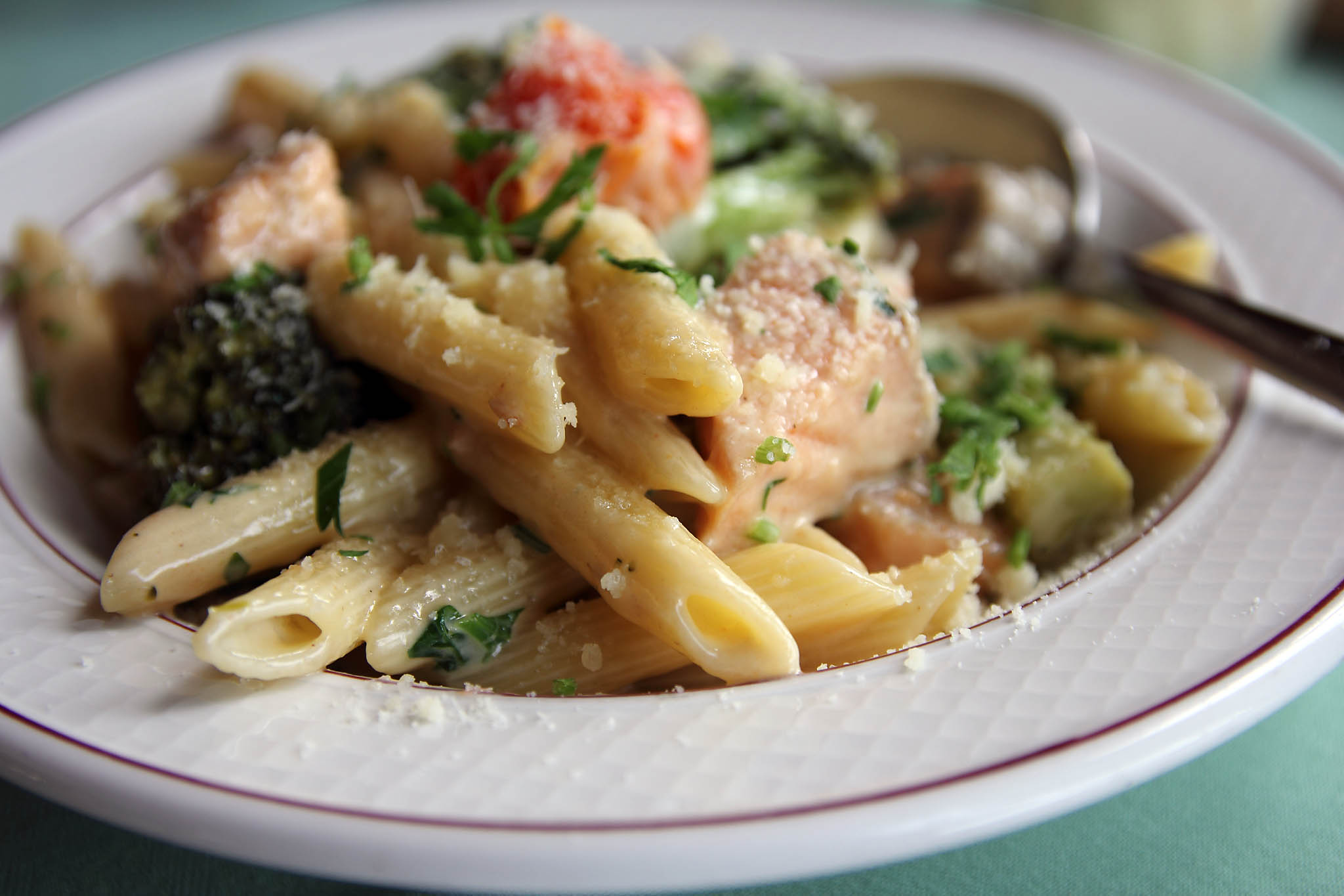 penne with salmon and broccoli