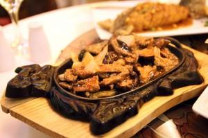 Свинина в ресторане Xiang Cong
