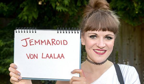 Джемма Роджерс из Лондона сменила свое настоящее имя на псевдоним из Facebook