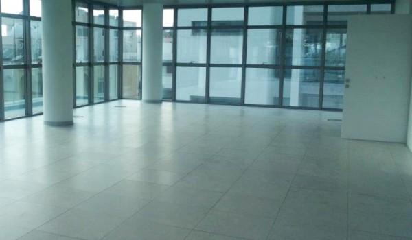 Торговые центры Кипра и Энгоми проданы южно-африканскому инвестору